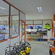 Cabine Interparts - Met scheidingswand tussen kantoor en winkel