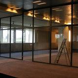 Scheidingswand Domo - Afwerking van een scheidingswand voor een etalage ruimte