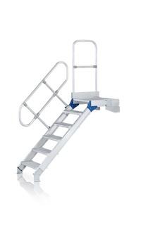 """Een klein trappen ladder van aluminium. Hymer Altrex Krause"" title=""Een klein trappen ladder van aluminium"""