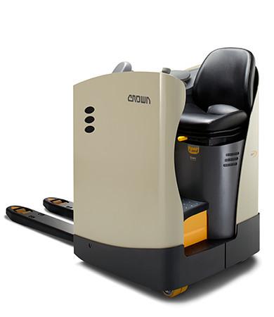 """""""meerij-pallettruck met zitplaats - Hefvermogen van 2000 kg en een rijsnelheid tot 12,5 km/u"""" title=""""meerij-pallettruck met zitplaats - Hefvermogen van 2000 kg en een rijsnelheid tot 12,5 km/u"""""""