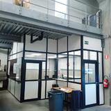Scheidingswand - Delhaise Ninove - kantoor-onder-platform