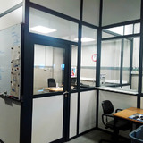 Scheidingswand - Delhaise Ninove - kantoorindeling